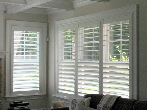 Windows Up Custom Shutters Full Height Shutters With A Hidden Tilt Rod