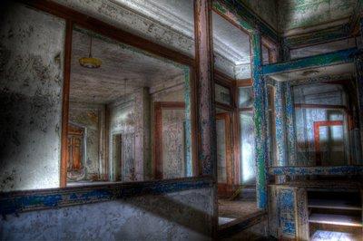 Metropolitan Building - Doors